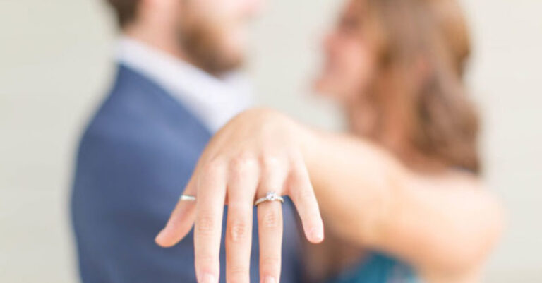 Diamond Engagement Rings – Some Tips To Help You Choose The Best Ring